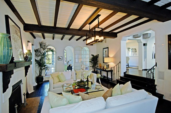 Charlie Sheen Living Room Hooked on Houses
