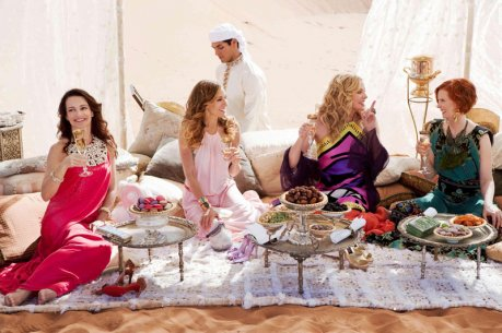 Picnic in Abu Dhabi with Carrie and the girls