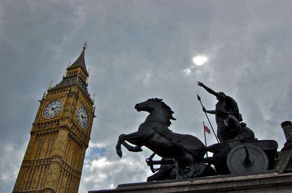 big ben and statue