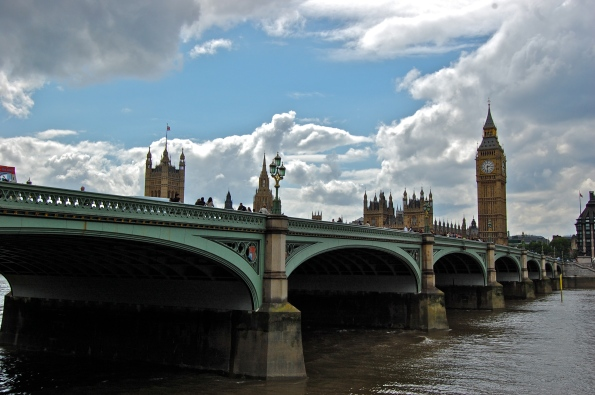Bridge across Thames and Big Ben