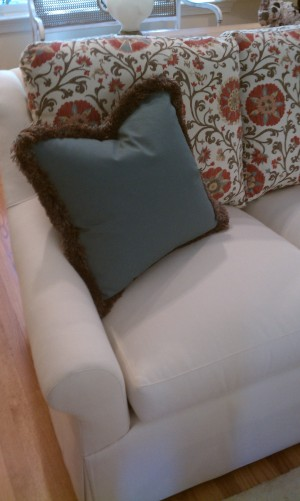 Tanglewood living room furniture install pillow detail