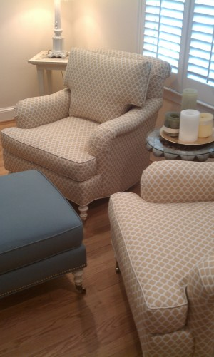 Tanglewood living room furniture install gold chairs
