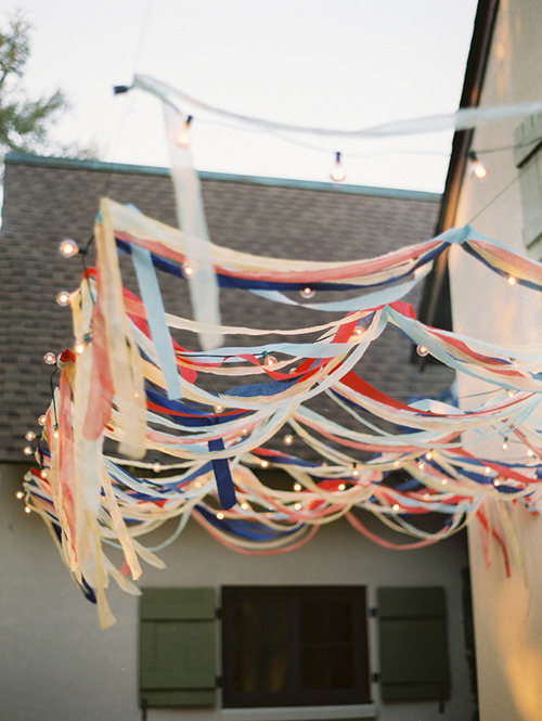 red white and blue streamers via style me pretty