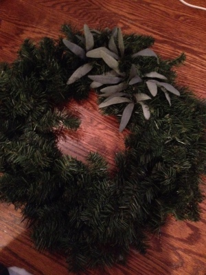 olive leaf branches in wreath before
