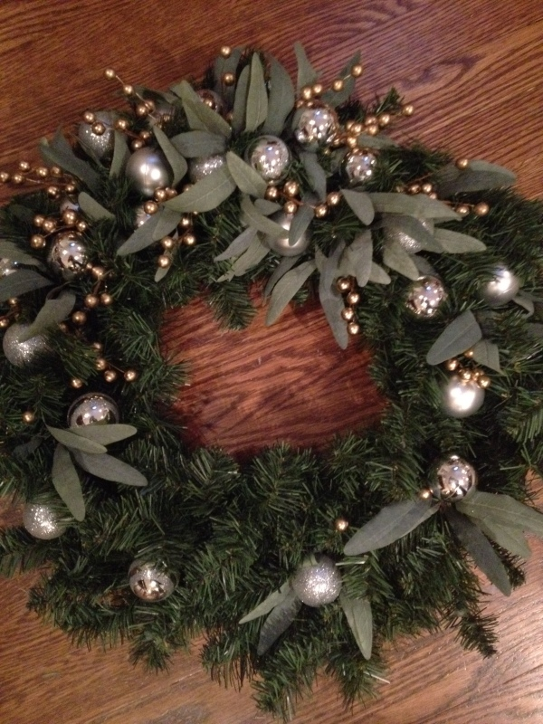 Final product of DIY wreath